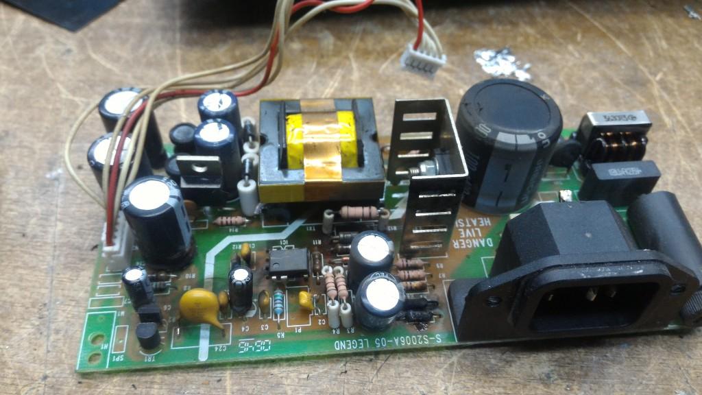 Блок питания микшерного пульта Soundcraft EPM12